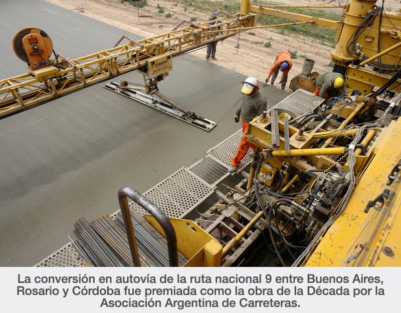 La conversión en autovía de la ruta nacional 9 entre Buenos Aires, Rosario y Córdoba fue premiada como la obra de la Década por la Asociación Argentina de Carreteras.