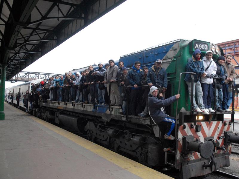 Con capacidad para movilizar 1.500 personas por viaje, los trenes de ViaQuatro son de punta tanto en modernidad como en seguridad.